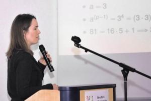 Zahlen, die zählen: Wie eine sicherer Verschlüsselung digitaler Informationen erfolgt, zeigte Anna von Pippich auf Einladung des Beruflichen Schulzentrum Odenwaldkreis.